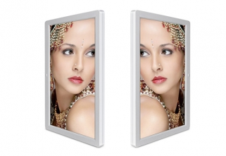 Dual-screen digital photo frame